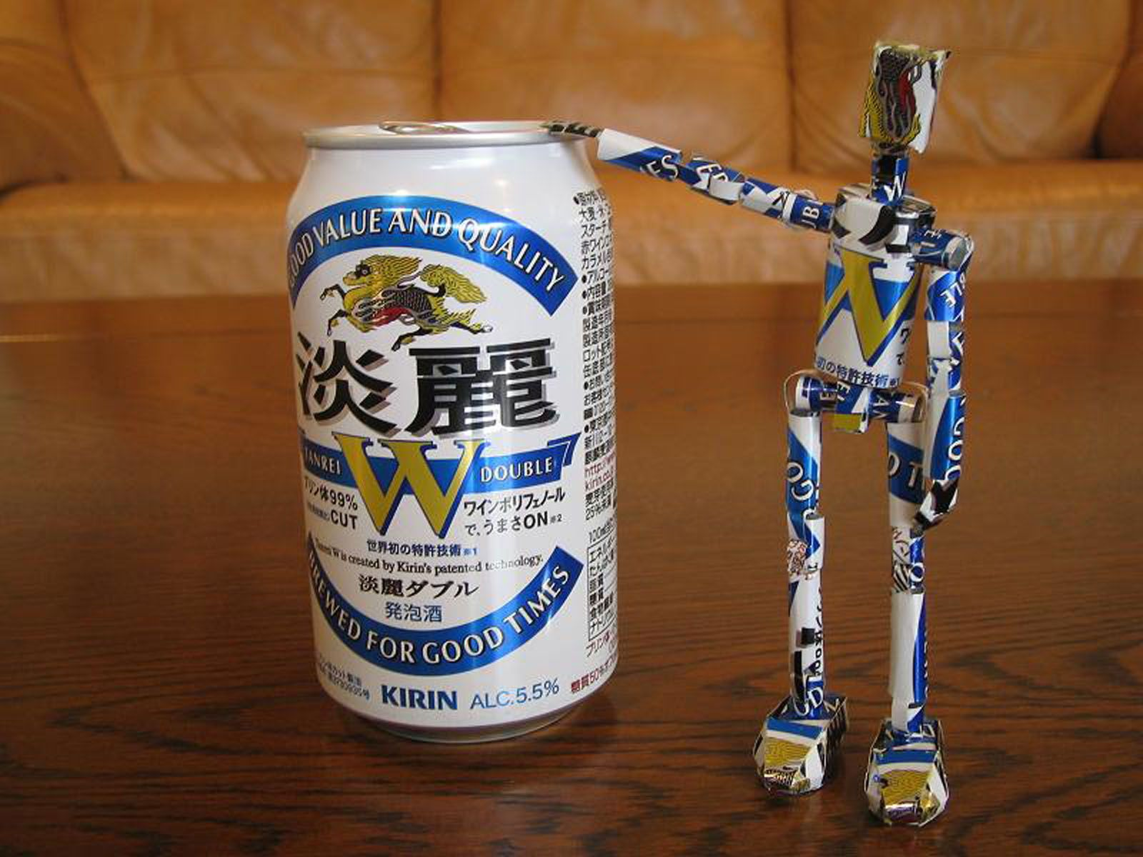 reciclado latas personajes 10