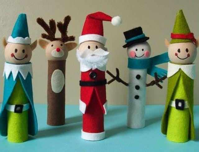 muñequitos navideños reciclados