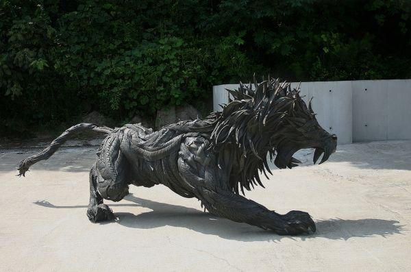 Arte creativo con neumáticos reciclados
