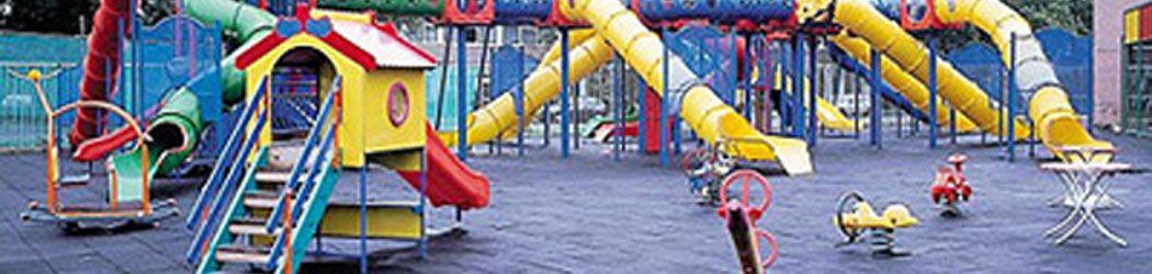 Neumaticos convertidos en parques infantiles
