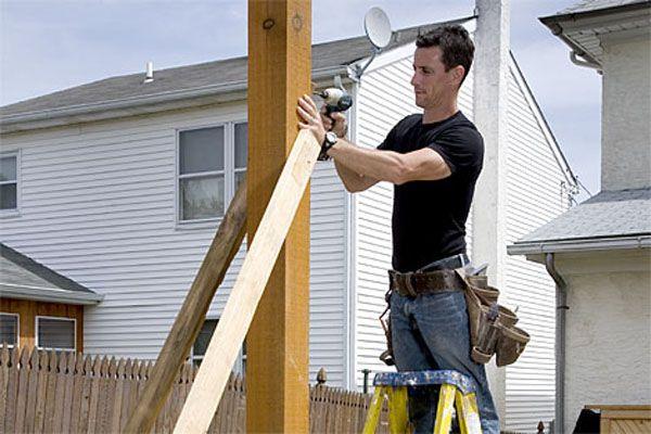 Construcción de una pérgola de madera - postes principales