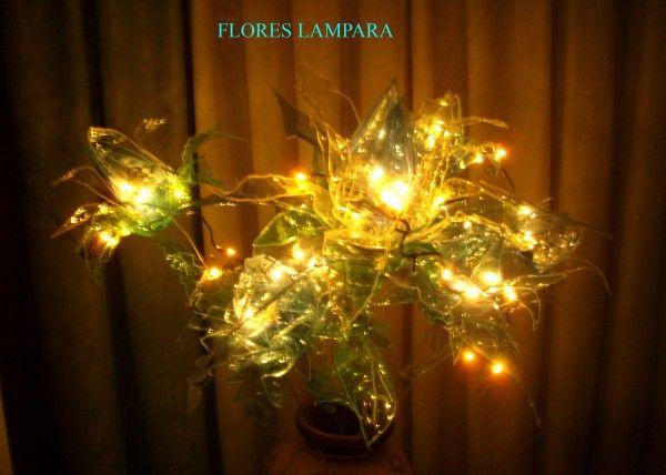 flores lámpara iluminada