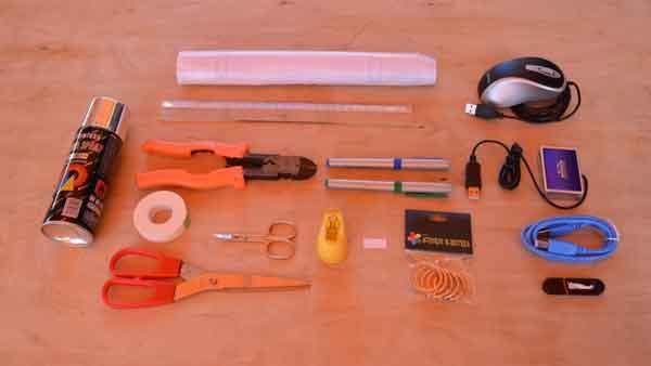 Organizador de llaves reciclando componentes informaticos