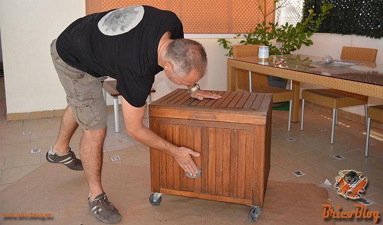Como proteger la madera de exteriores - Segundo lijado con lana de acero - foto 5