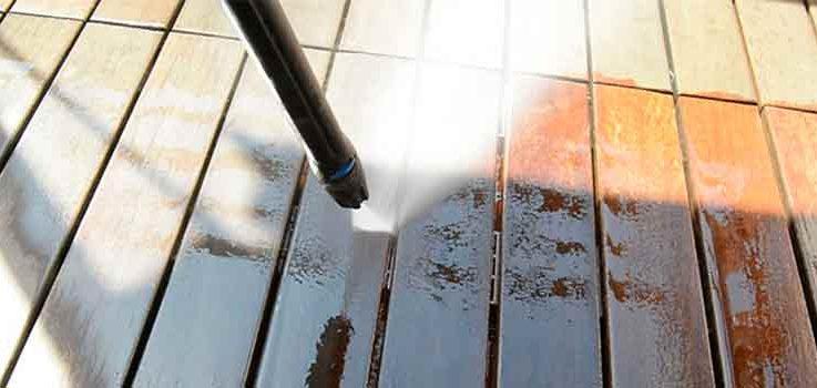 Cómo limpiar el suelo del patio o terraza